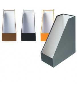 Porta-revistes, cartró. Mida: 32x25x11x7 cm. Color negre