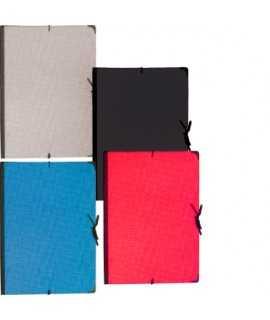 Carpeta de dibuix, amb llaços. Mida: 86x62 cm. Color negre