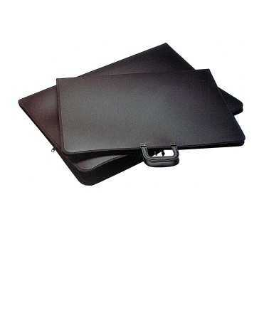 Carpeta de dibuix amb cremallera. Mida: 66x46 cm. Color negre