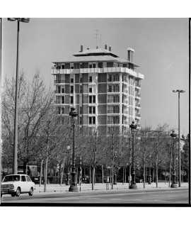 F. Català-Roca. Edifici d'habitatges Monitor, Barcelona (1966-1971)