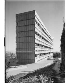 F. Català-Roca. Edifici d'habitatges a Montbau, Barcelona (1957-1965)