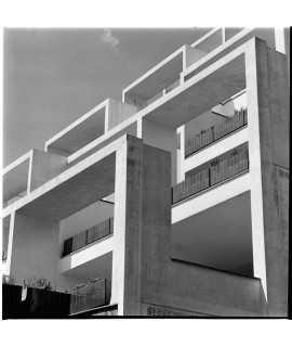 F. Català-Roca. Edifici d'habitatges, Vallvidrera (c. 1969)