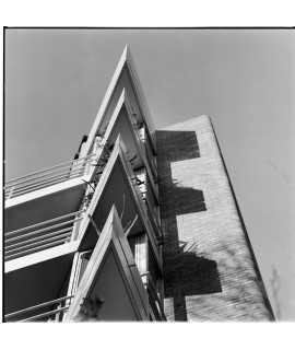 F. Català-Roca. Edificio de viviendas Bonanova, Barcelona (1970-1973)